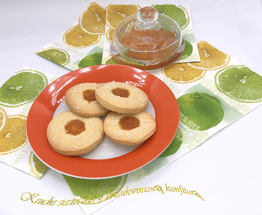 Kruche ciasteczka z brzoskwiniową konfiturą