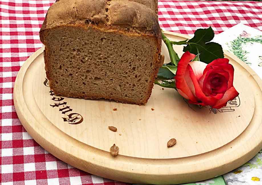 chleb ze słodem i zakwasem