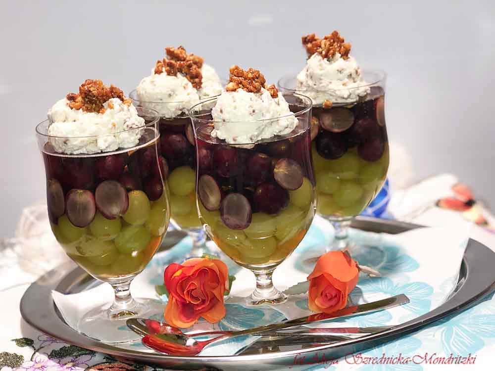 Winogronowy deser