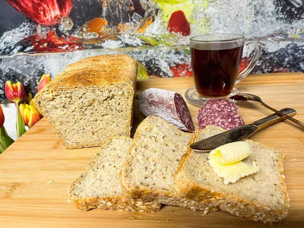 Chlebek chrupiący z maślanką