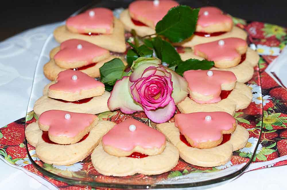 Truskawkowe ciasteczka z perełką