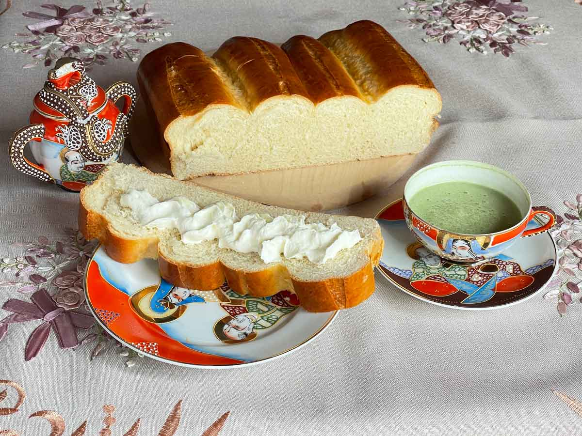 Chleb-japoński-biały