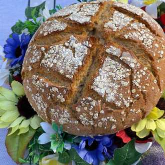 Chleb wiosenny z naparem