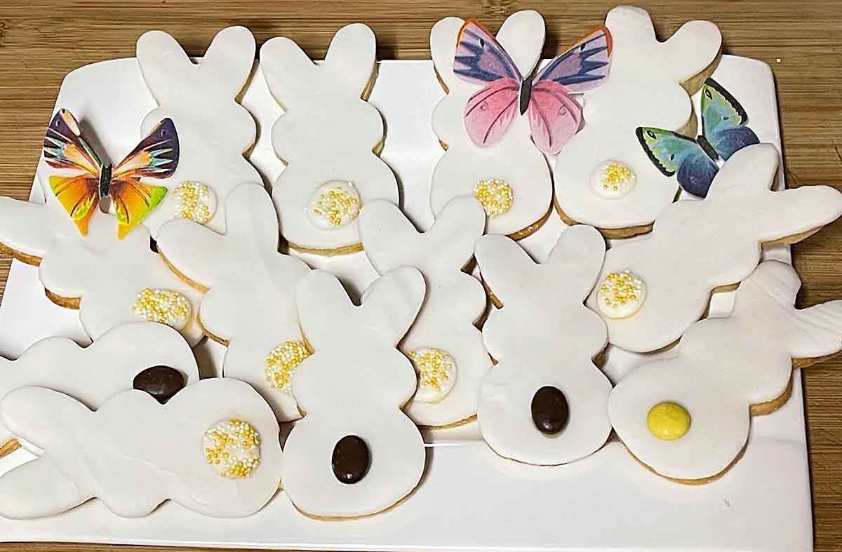 Wielkanoc, ciastka, lamy, zajączki