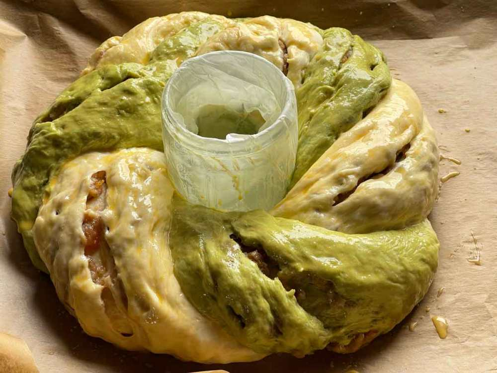 przygotowany wianek Amarettini-Migdałowy do pieczenia