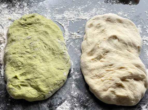 ciasto do wianka Amarettini-Migdałowego