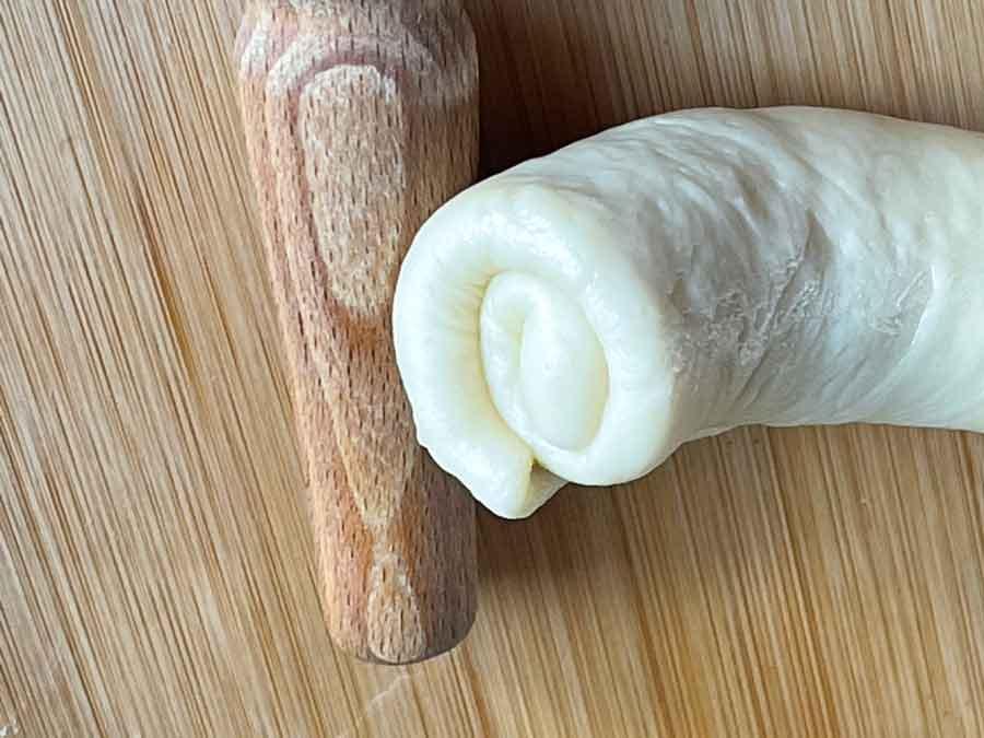 przygotowanie- Bułeczki mleczne