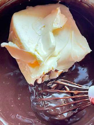 przygotowanie białego ganache