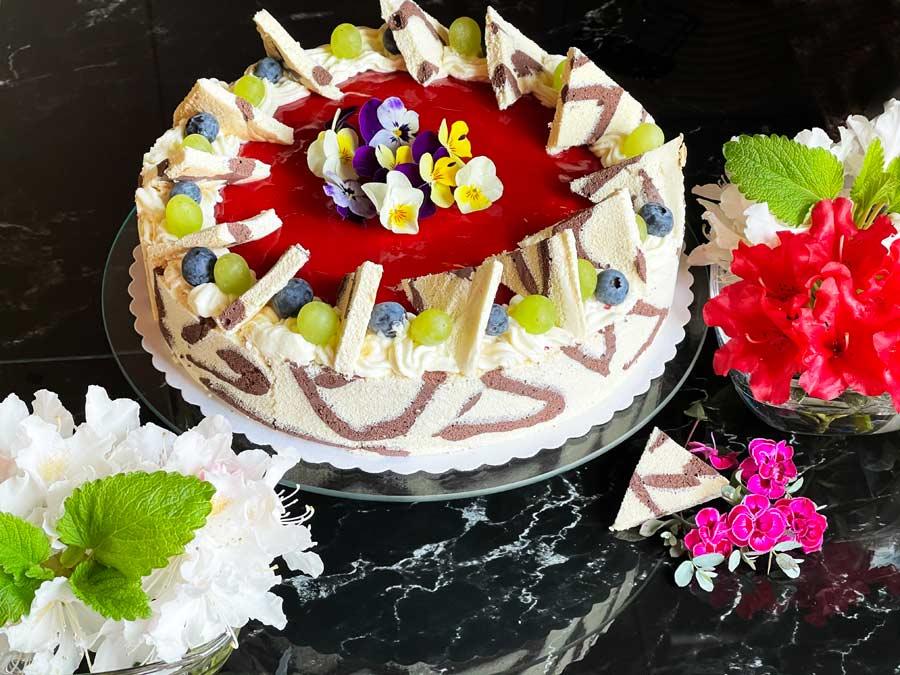 Tort truskawkowy, Mousse truskawkowe z lustrem