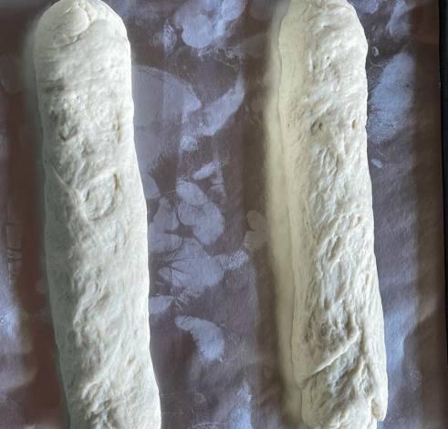 ciasto na Tea Bread-zwinięte rulony do wyrośnięcia