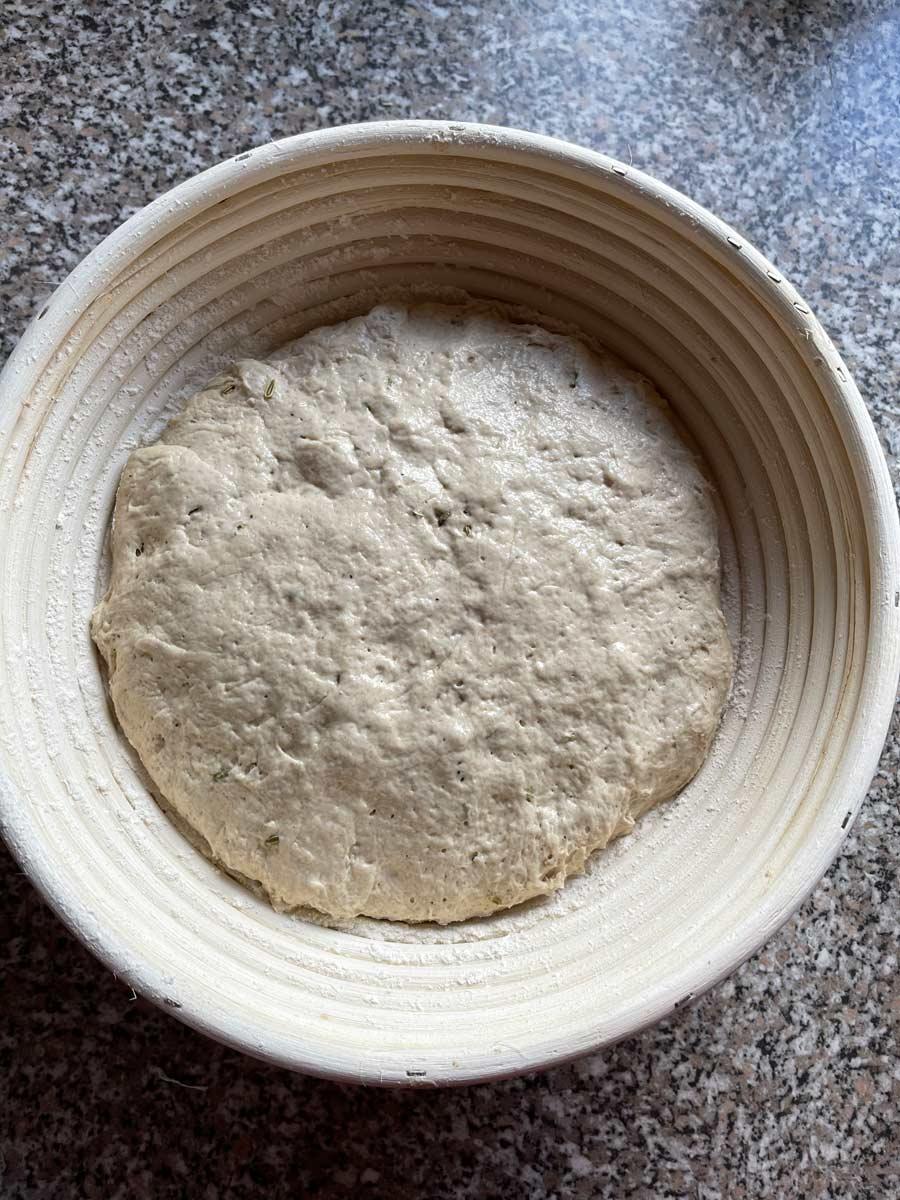 ciasto na Szwajcarski chleb wiejski