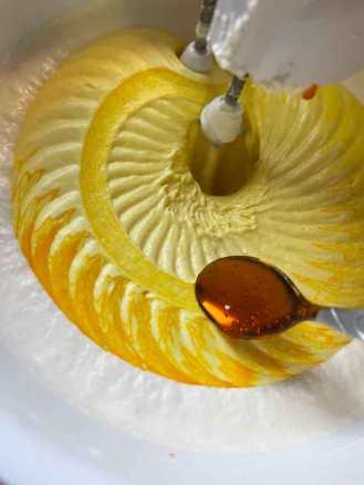 1/2-1 łyżeczka do espresso żółtego żelu