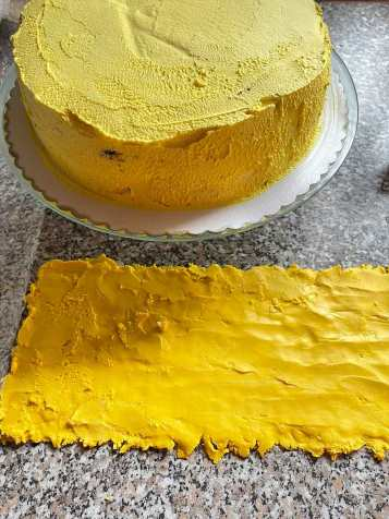 przygotowanie tortu Plaster miodu