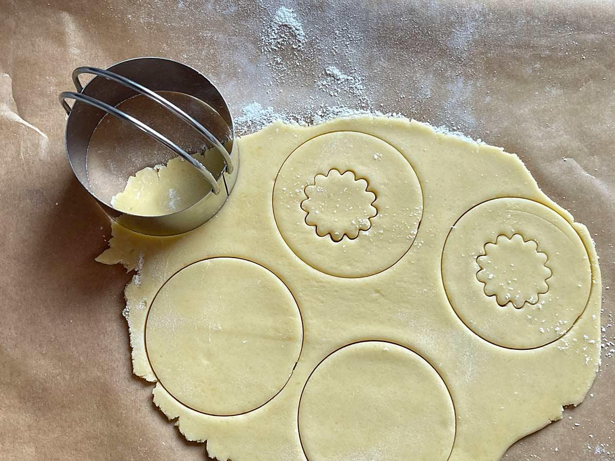Ciastka francuskie z marmoladą