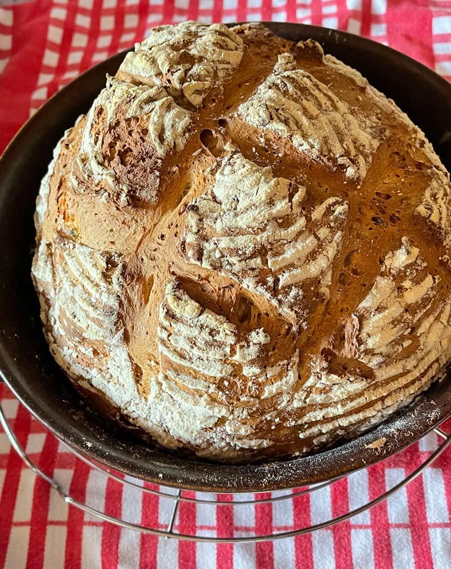 Chleb z maślanka i 5-cioma ziarnami