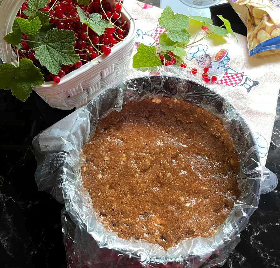 Porzeczkowy tort ze Skyrem