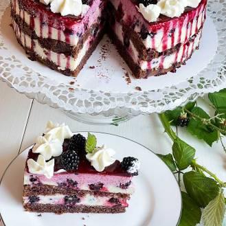 Jeżynowy tort z kefirem